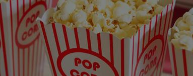 Nahaufnahme von einer Tüte Popcorn