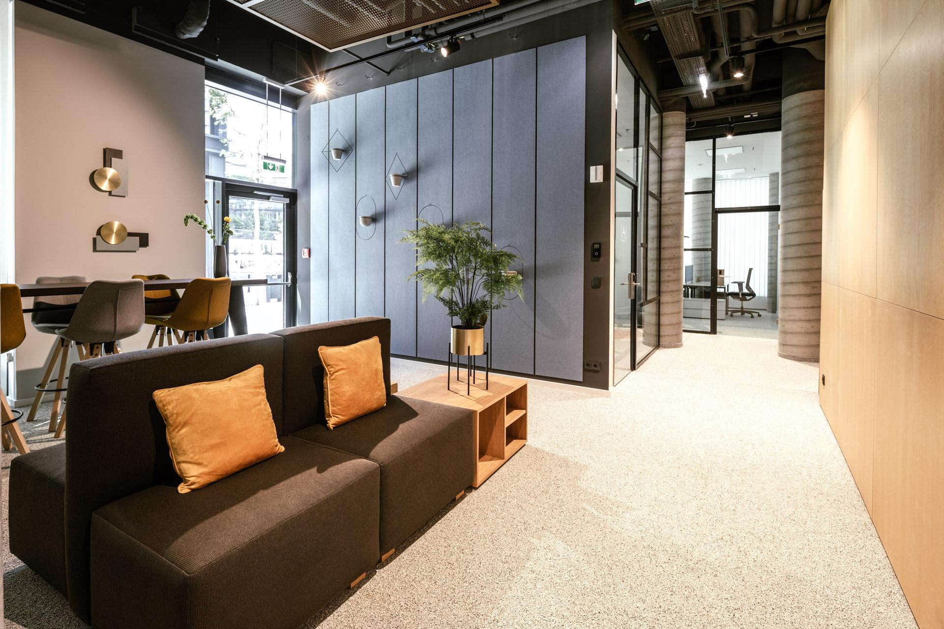 Sitzmöglichkeiten im New Working Space im JOYN Serviced Apartment Wien